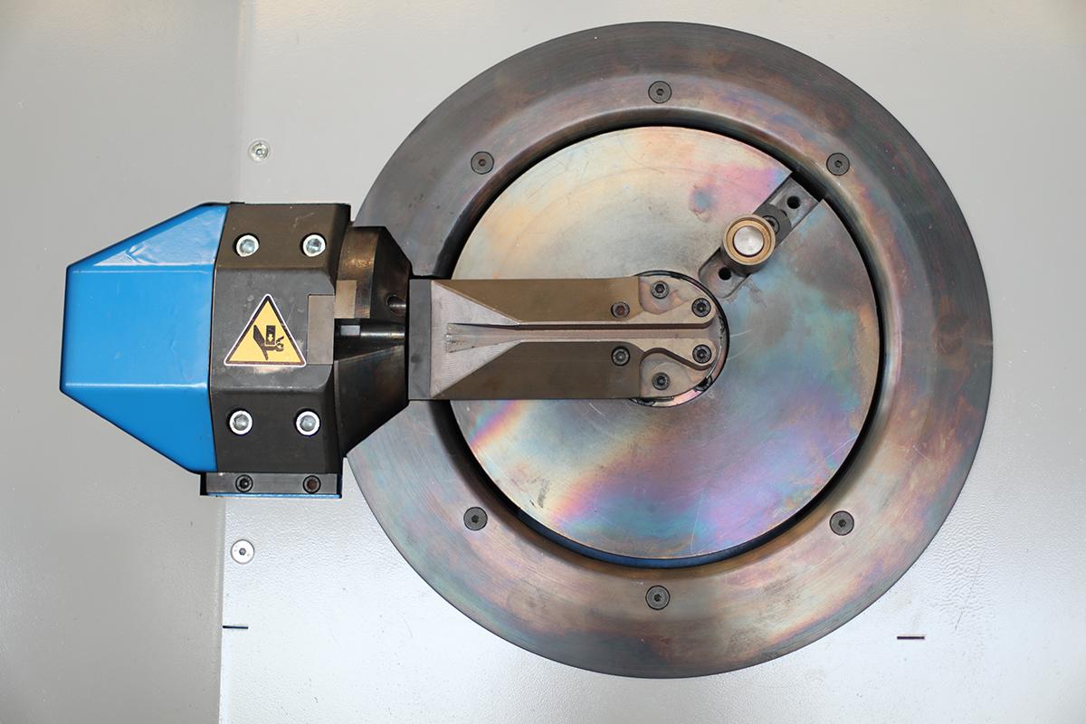 Robomat 2212 Otomatik Etriye Bükme Makinesi
